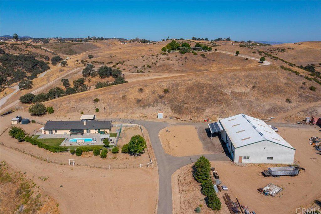850 Nygren Rd, San Miguel, CA 93451