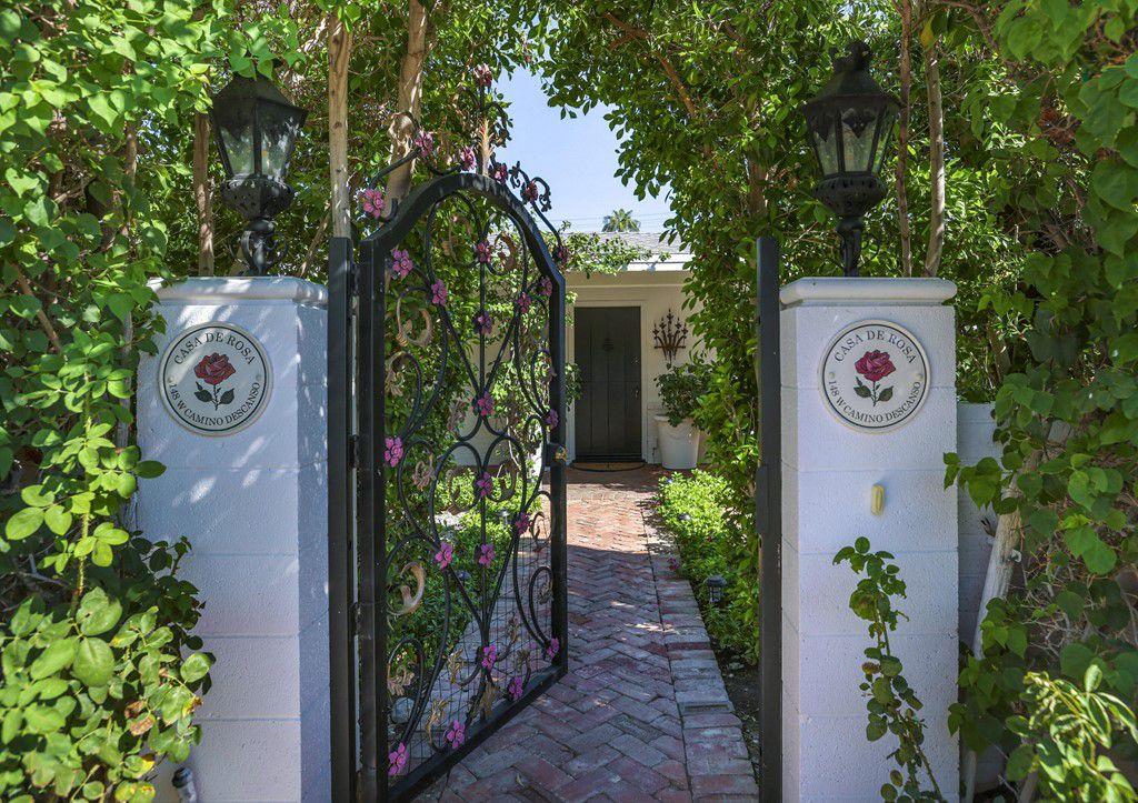 148 W Camino Descanso, Palm Springs, CA 92264