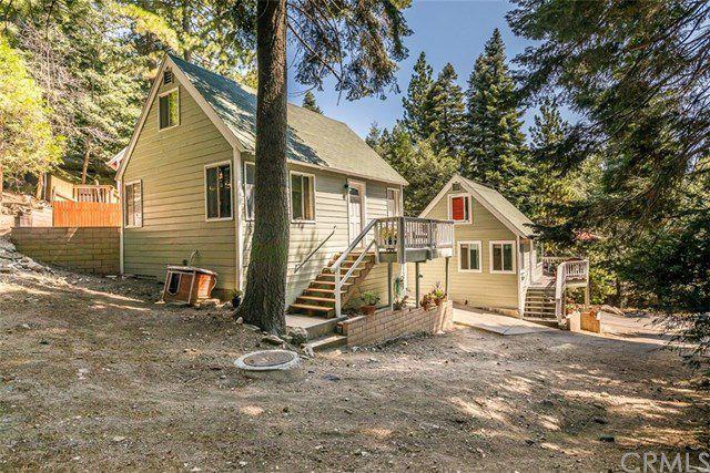 892 Virginia Ct, Lake Arrowhead, CA 92352