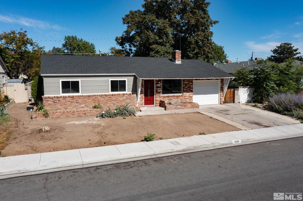 1110 Plymouth Way, Sparks, NV 89431