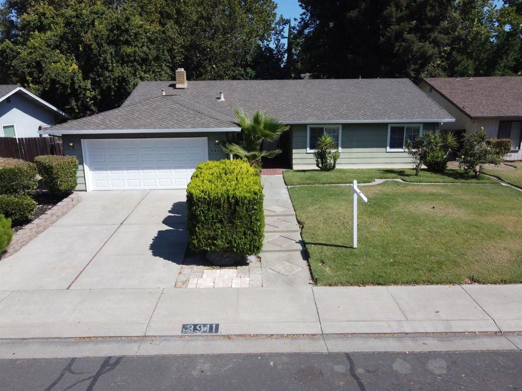 3911 Round Valley Cir, Stockton, CA 95207