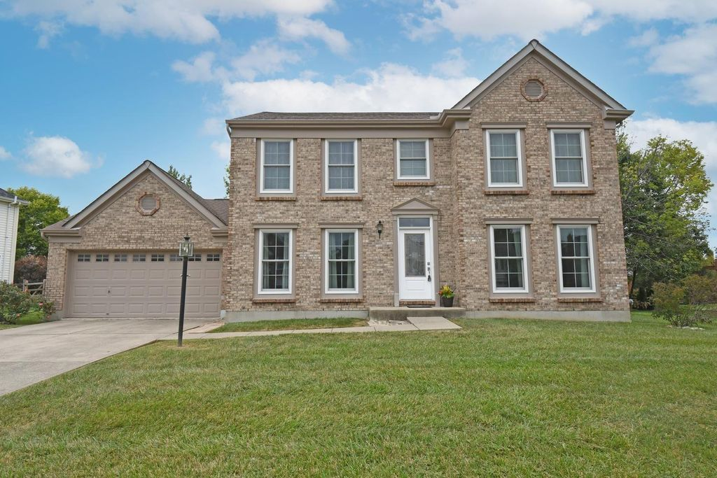 4354 Placepointe Dr, Mason, OH 45040