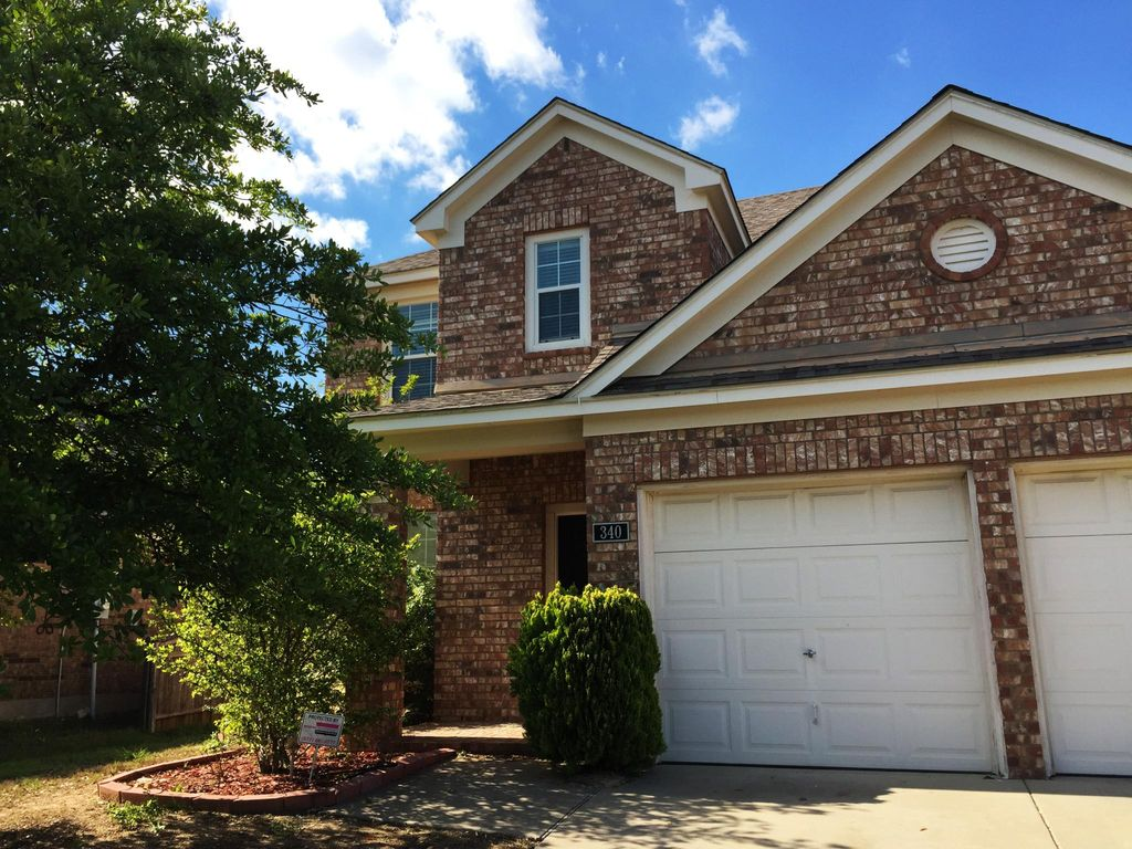340 Turquoise Dr, Fort Worth, TX 76131