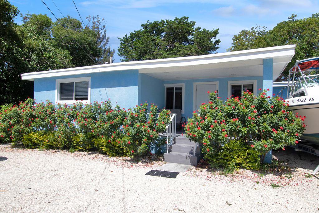 11 Judy Pl, Key Largo, FL 33037