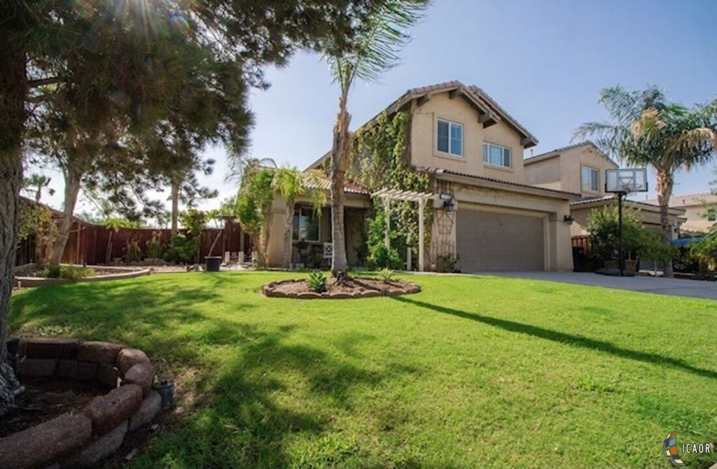 1230 N Palm Ave, Heber, CA 92249