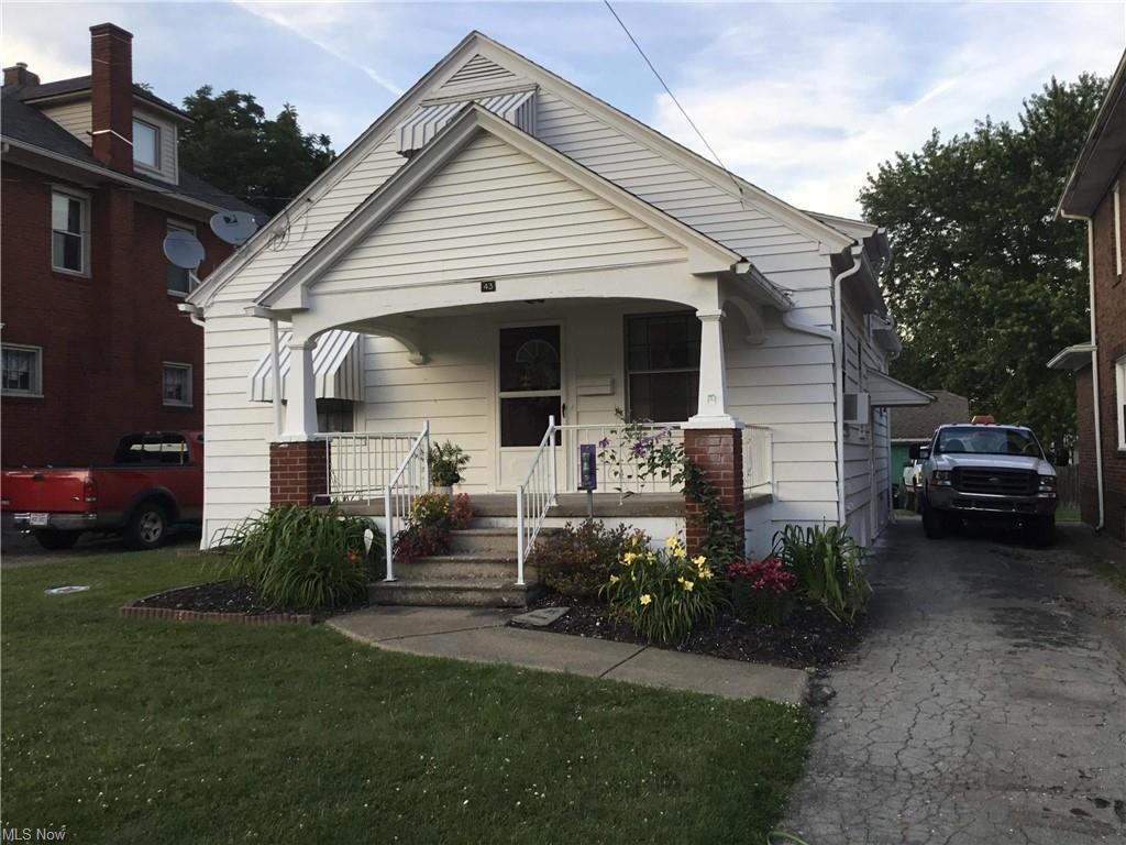 43 N Glenellen Ave, Youngstown, OH 44509