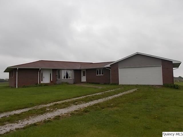 2129 N County Road 2100, Burnside, IL 62330