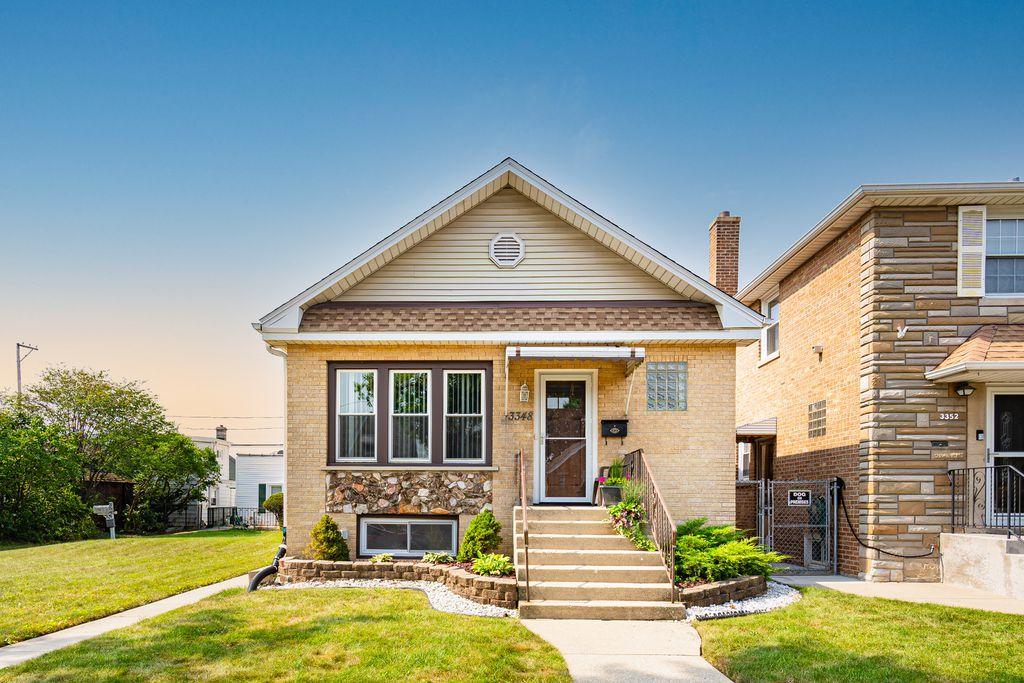 3348 N Neva Ave, Chicago, IL 60634