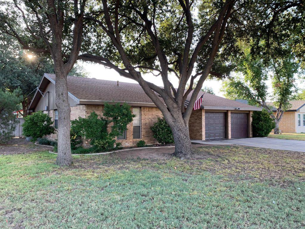 2202 Hughes St, Midland, TX 79705
