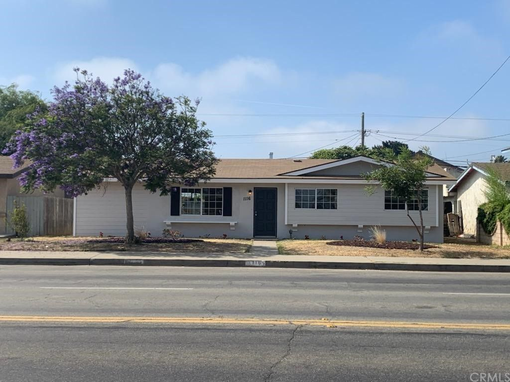 1116 W Donovan Rd, Santa Maria, CA 93458