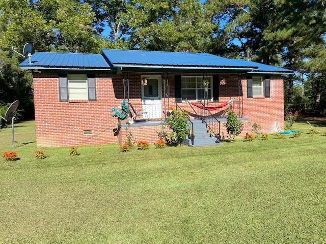166 Gant Rd, Reevesville, SC 29471