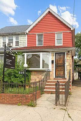 505 E 40th St, Brooklyn, NY 11203