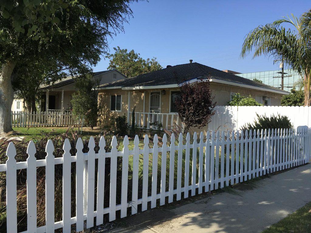 10722 Chestnut St, Los Alamitos, CA 90720