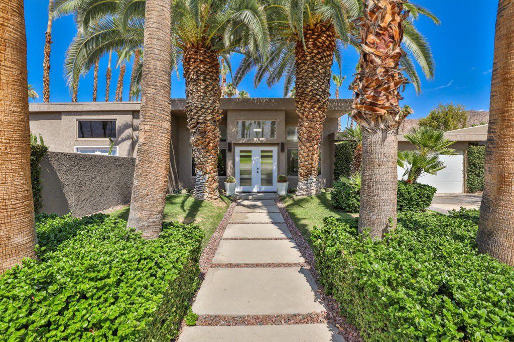 2252 S Caliente Dr, Palm Springs, CA 92264