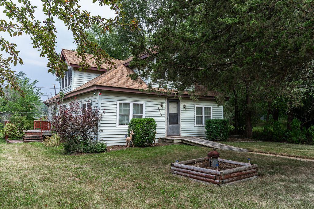 1608 Bolling Ave, Johnsburg, IL 60051