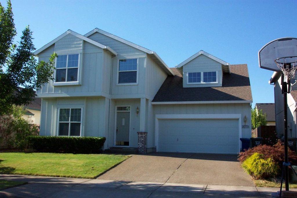 8635 NE Alder St, Hillsboro, OR 97006