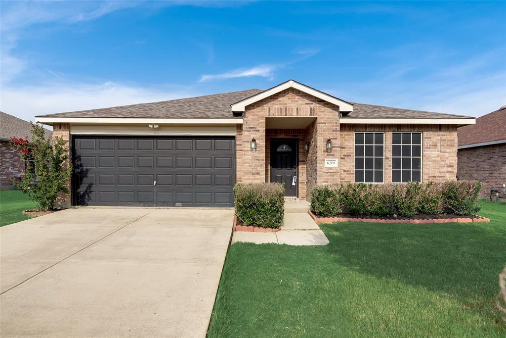 6201 Saddleback Dr, Denton, TX 76210
