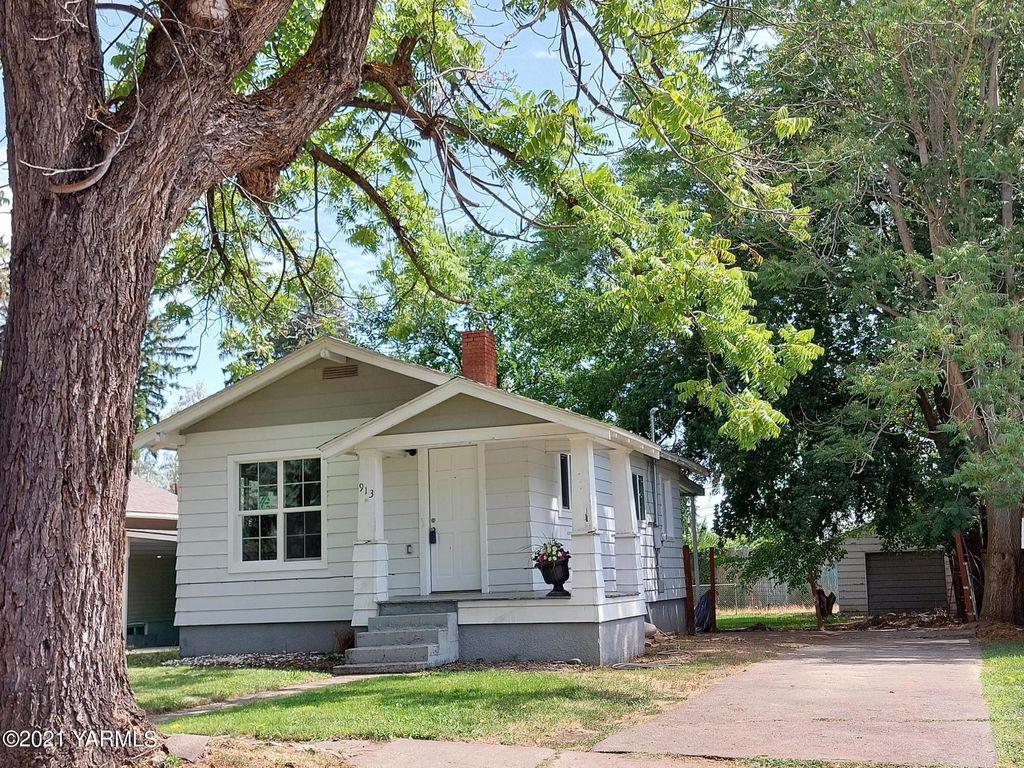913 S 18th Ave, Yakima, WA 98902