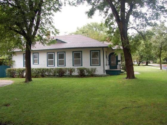 117 Harrison St, Newton, KS 67114