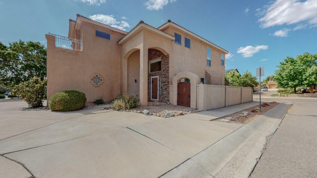 9119 Village Ave NE, Albuquerque, NM 87122