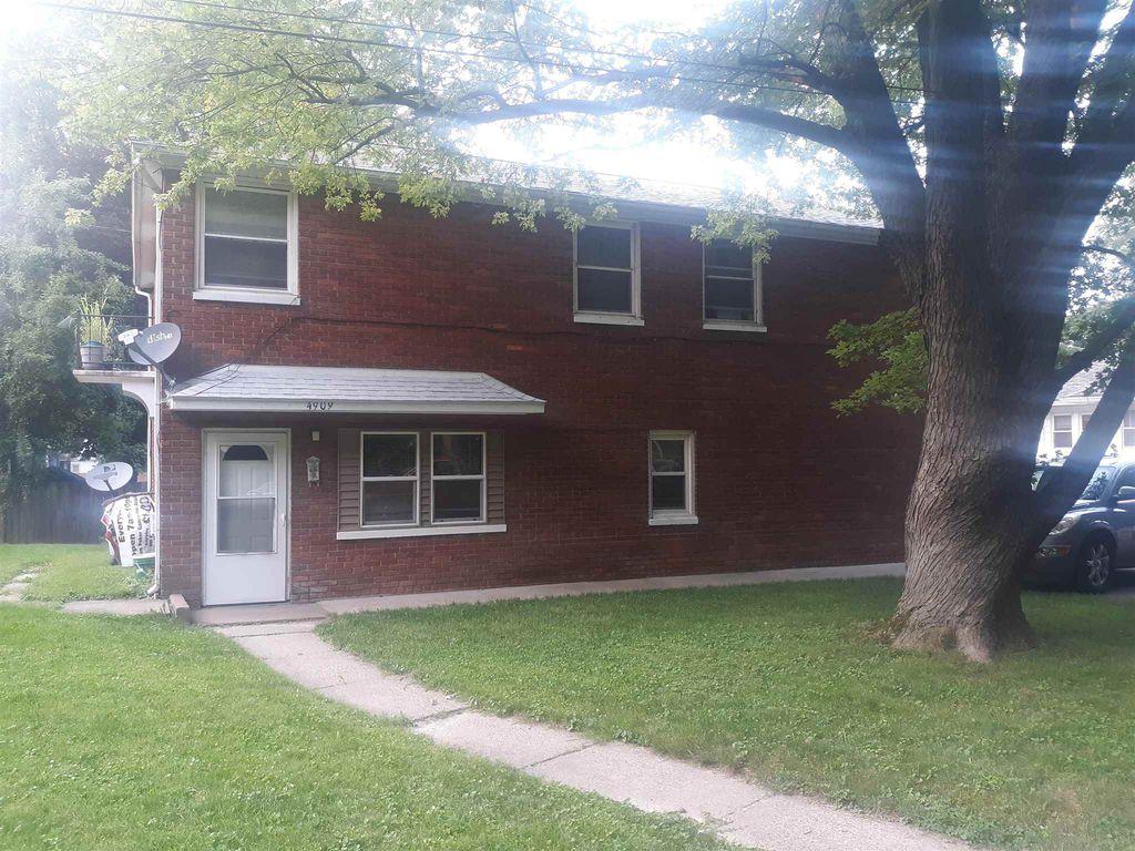 4909 5th Ave #3, Moline, IL 61265