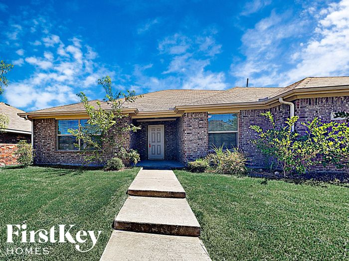 1206 Jessie Ln, Lancaster, TX 75146