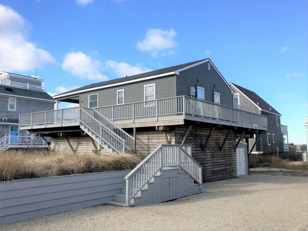 878 Dune Rd, Westhampton Beach, NY 11978