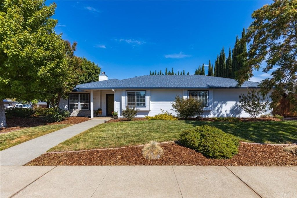 3126 Clear Lake Dr, Chico, CA 95973