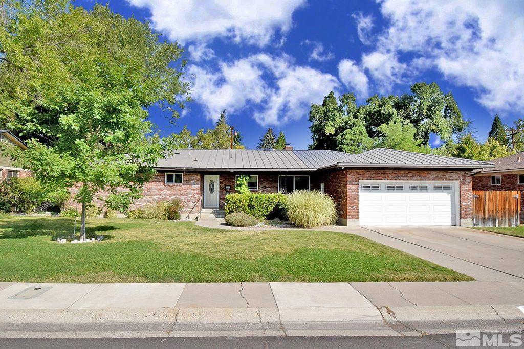 1695 Wren St, Reno, NV 89509
