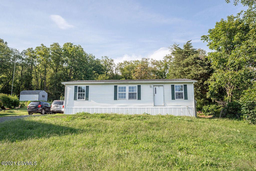 3429 Snydertown Rd, Sunbury, PA 17801