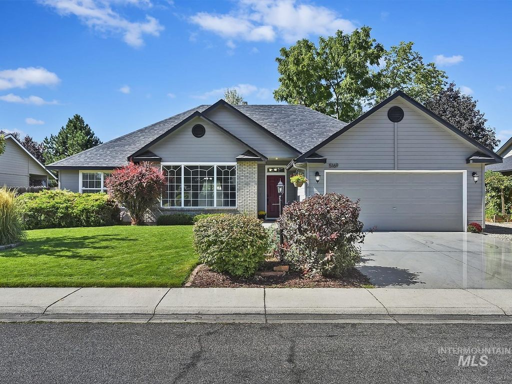 5169 N Liverpool Ave, Garden City, ID 83714