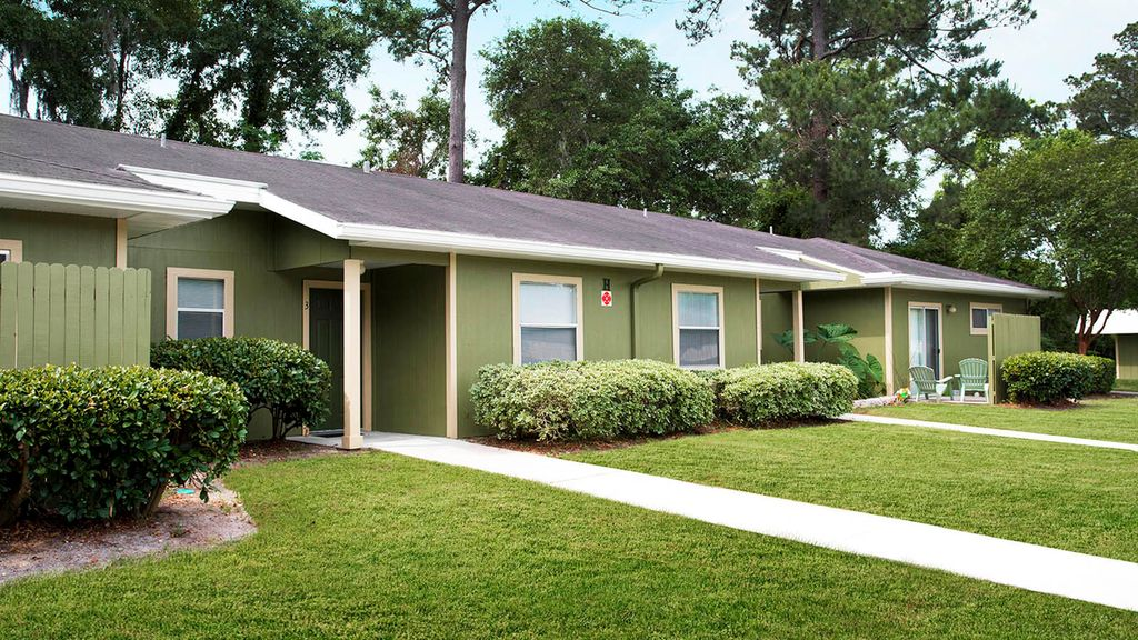 2725 SW 27th Ave, Gainesville, FL 32608