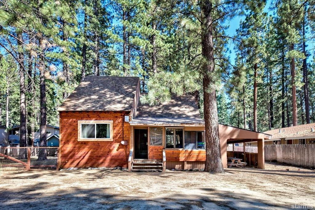 2650 Armstrong Ave, South Lake Tahoe, CA 96150