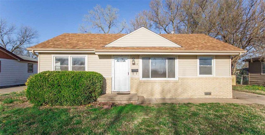 2633 S Elizabeth Ave, Wichita, KS 67217