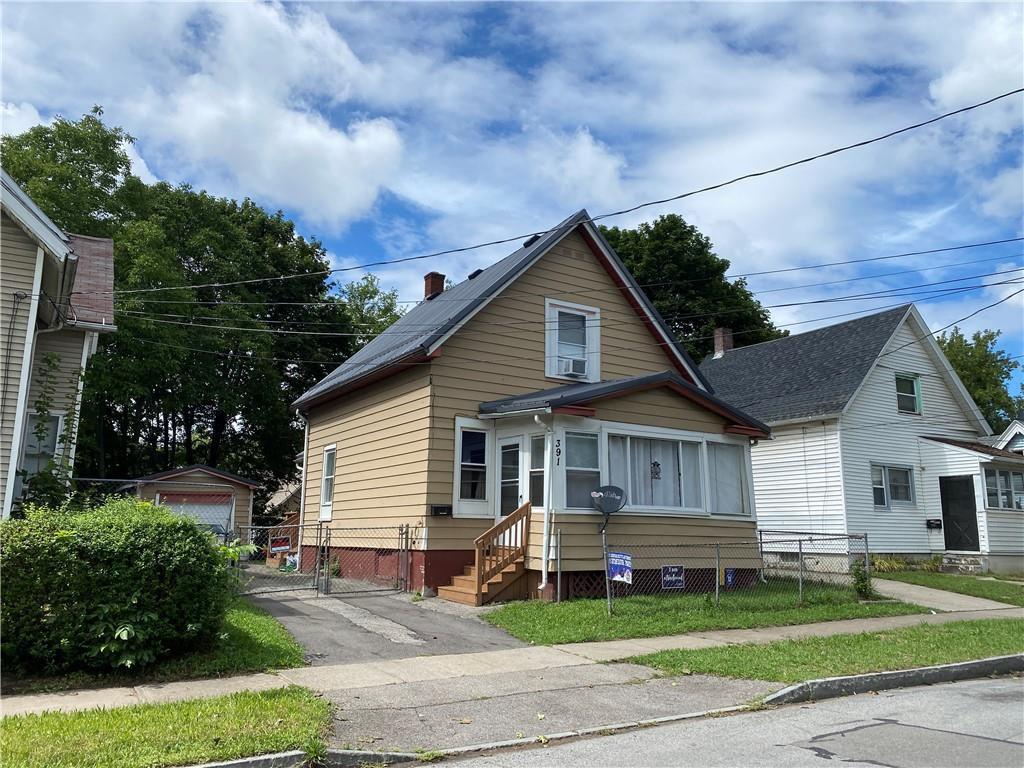 391 1st St, Rochester, NY 14605