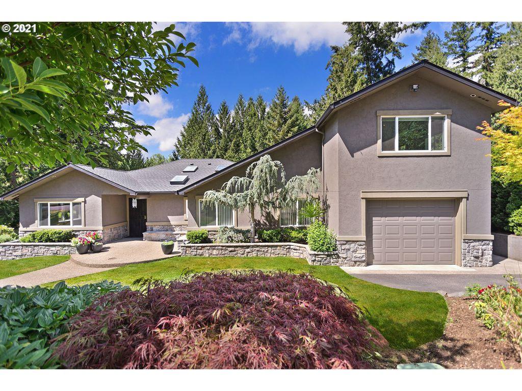 9799 SW Brookside Dr, Portland, OR 97225
