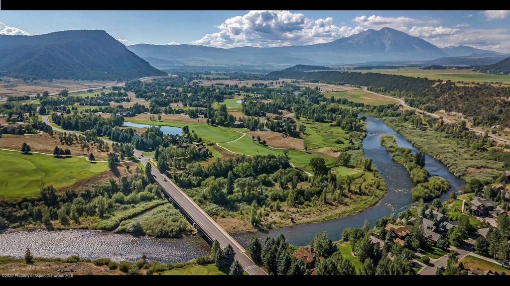 101 River Park Ln, Carbondale, CO 81623