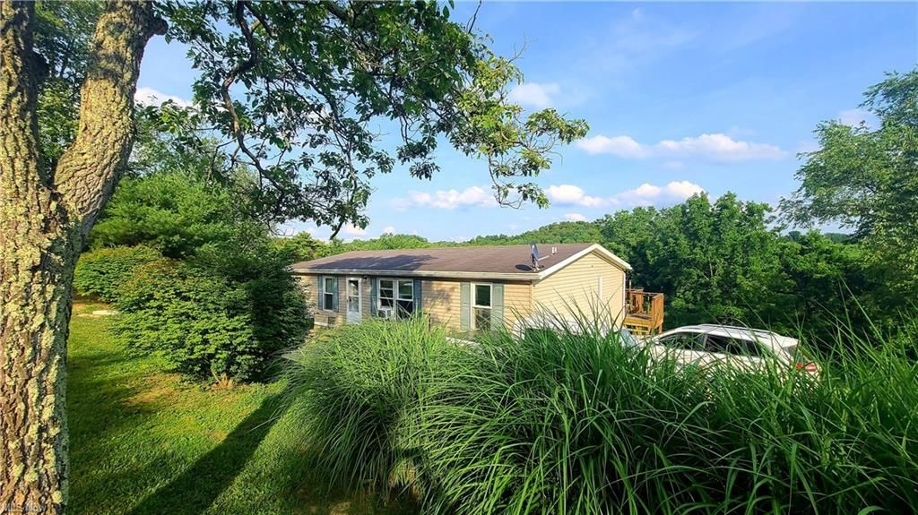 19486 County Road 54, Warsaw, OH 43844