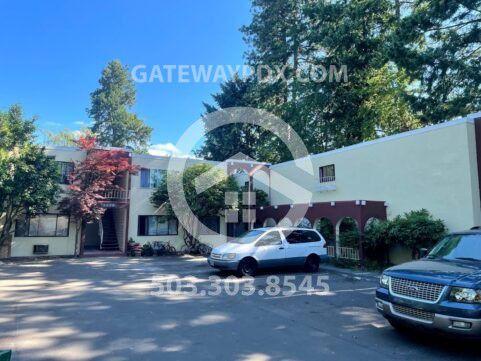 12275 SW 12th St #5, Beaverton, OR 97005