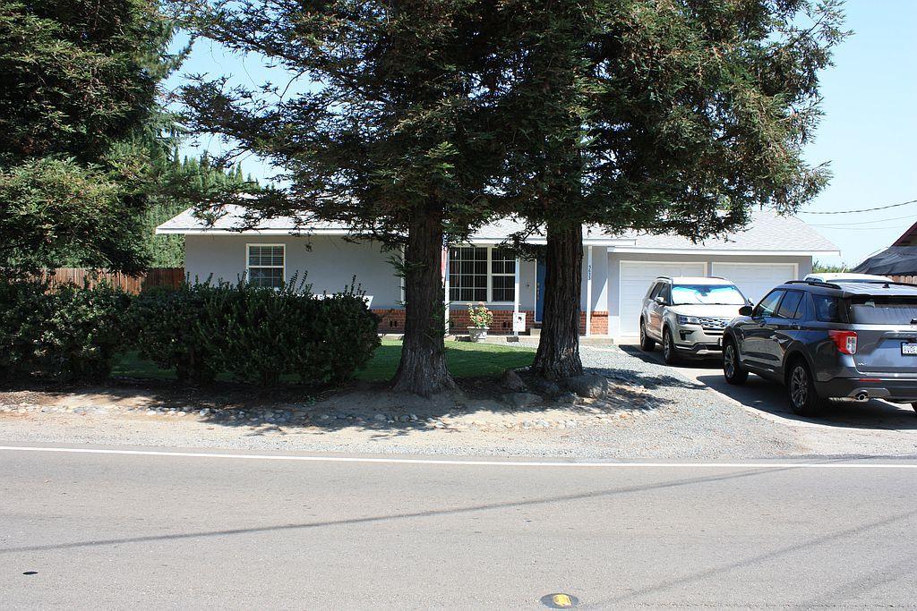 5633 Northland Rd, Manteca, CA 95336