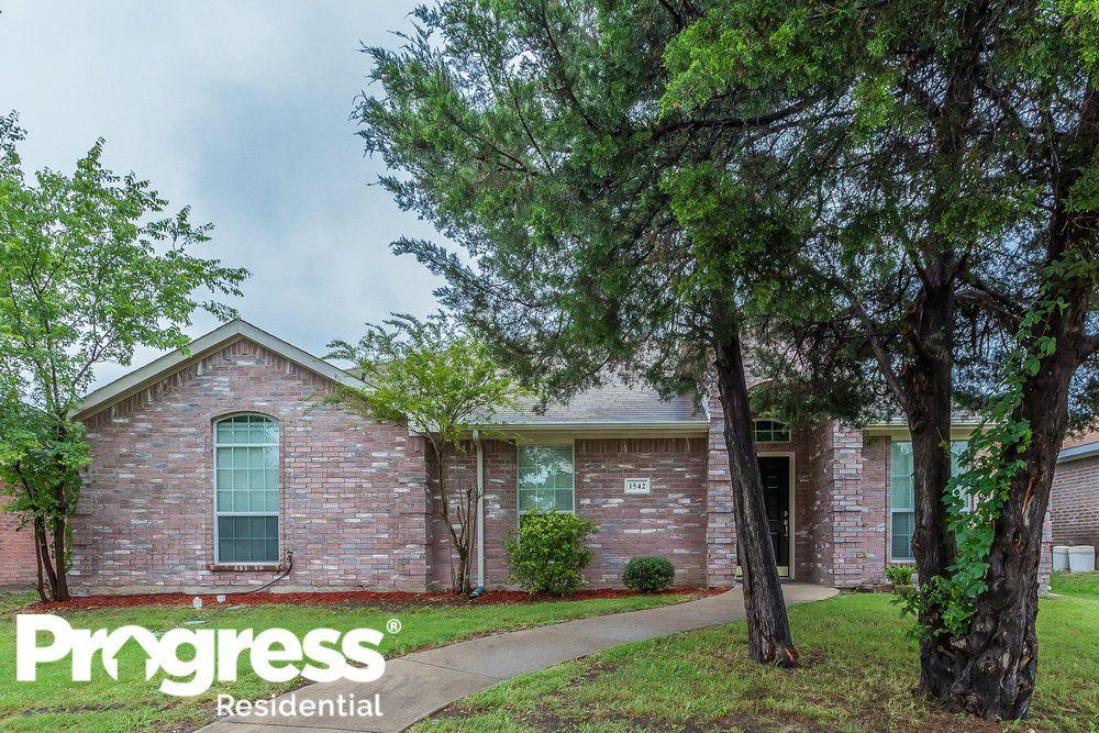1542 Reynolds St, Lancaster, TX 75134