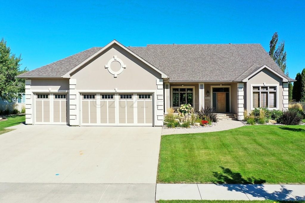 4608 Timberline Dr S, Fargo, ND 58104