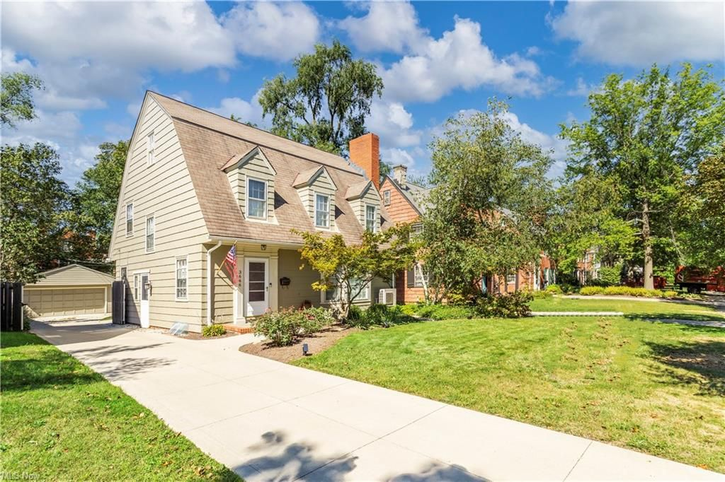3666 Townley Rd, Shaker Heights, OH 44122