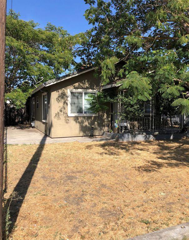 1550 Hiawatha Ave, Stockton, CA 95205