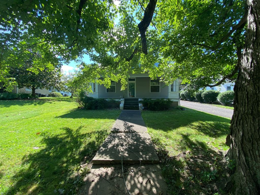 109 Paradise St, Greenville, KY 42345