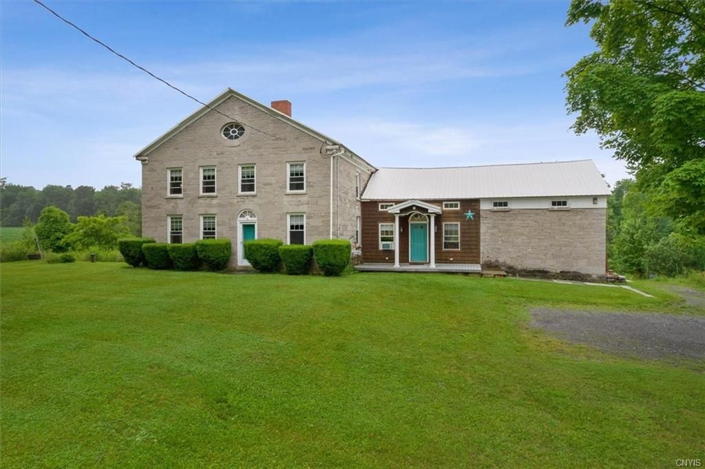 363 Goodier Rd, Clayville, NY 13322