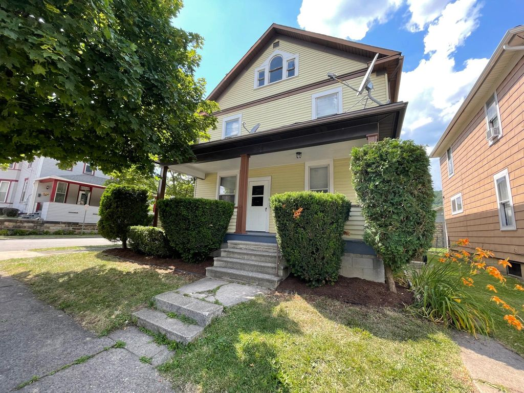 1118 Boyd Ave #1, Johnstown, PA 15905