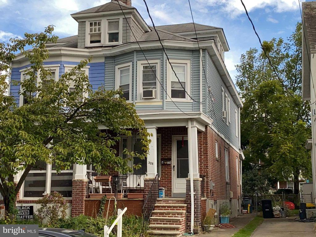 328 Beechwood Ave, Trenton, NJ 08618