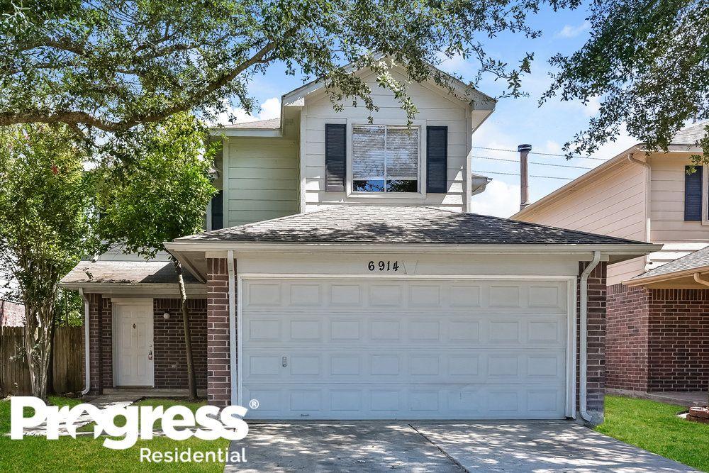 6914 Bayou Crest Dr, Houston, TX 77088
