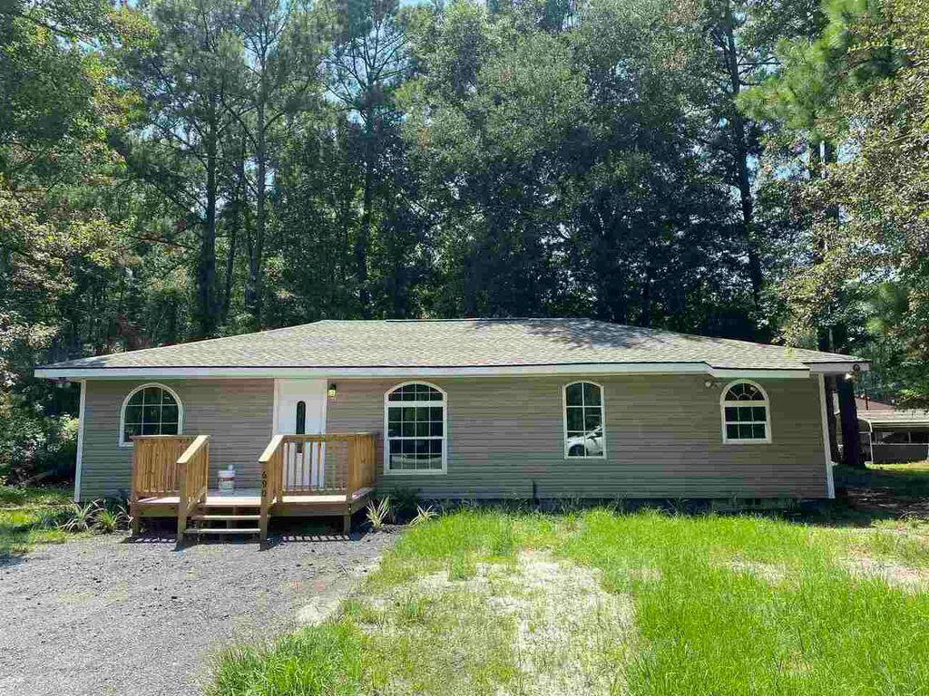 690 N Georgia St, Kingsland, GA 31548